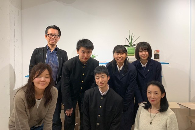 岩手県立盛岡第一高等学校の1年生たち